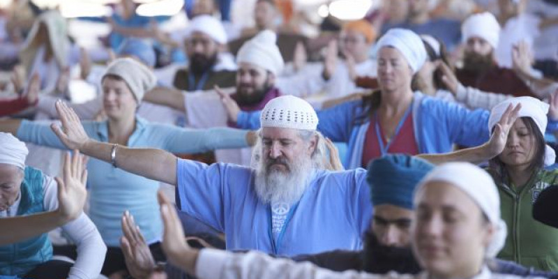 Guru Singh S History Of Summer Solstice Ikyta International Kundalini Yoga Teachers Association
